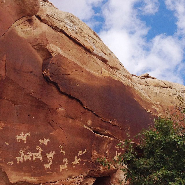 Art and #adventure collide, even in the earliest of times. #utahwesome #ontheroad