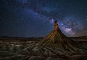 Milky Way highlights desert rock formations